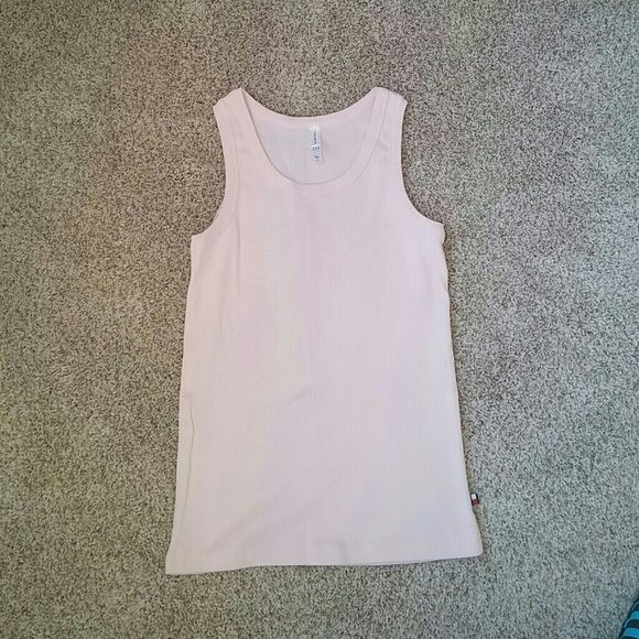 Tommy Hilfiger tank top pale pink Simple pale pink tank by Tommy Hilfiger.  100% cotton Tommy Hilfiger Tops Tank Tops