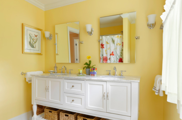 Color Spotlight Benjamin Moore Hawthorne Yellow Hawthorne Yellow Paint Companies And
