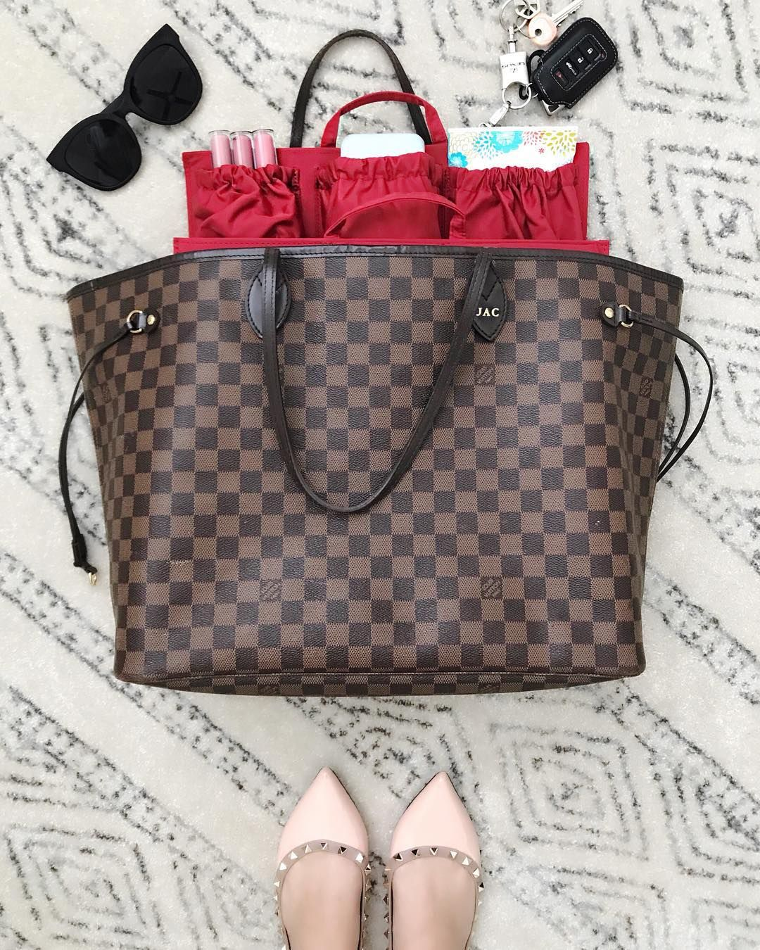 25b28bbb6da4 Turn your favorite Louis Vuitton Neverfull GM or MM into a fully functional diaper  bag with ToteSavvy!