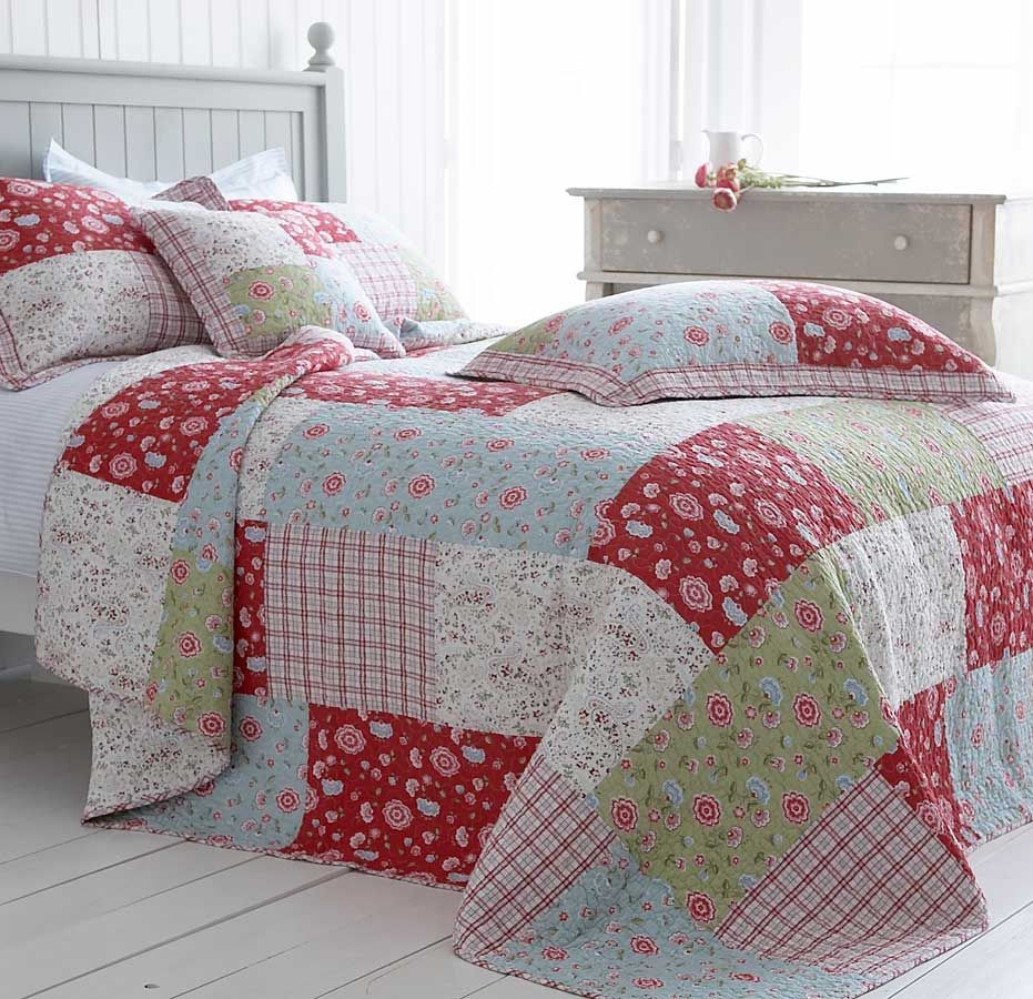 Blue red green floral bedding cotton quilted patchwork bedspread bedspread colors and - Spots of color in the bedroom linens and throws ...