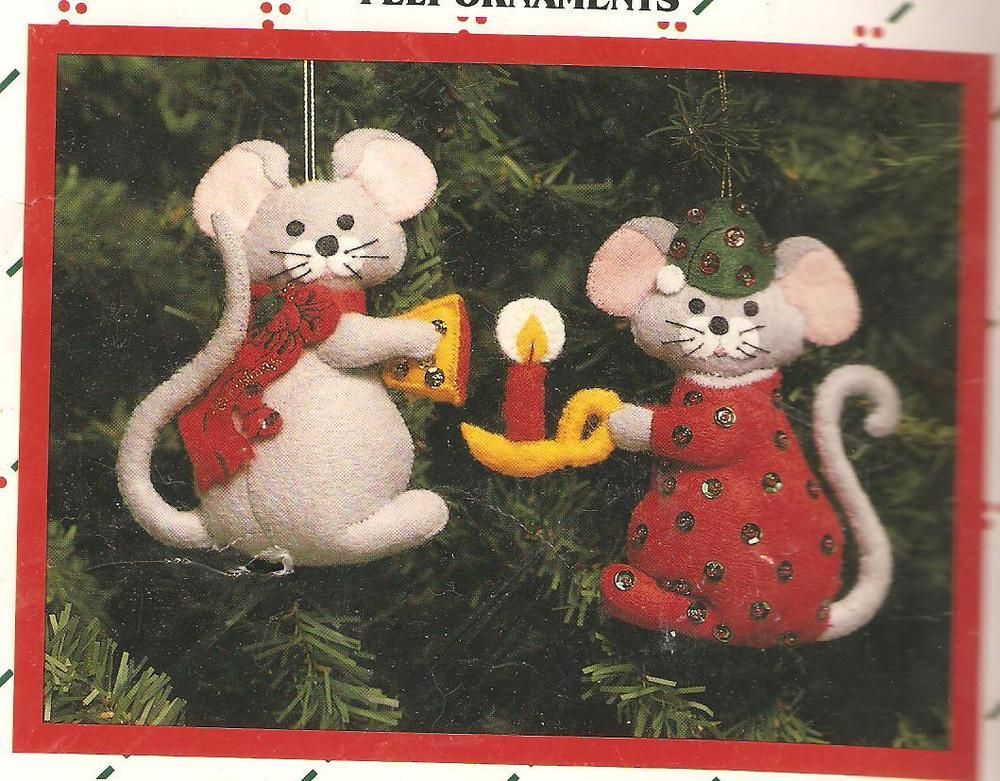 Christmas Mouse Felt Ornament Kit 2 Mice with Candle & Cheese Vtg 1986