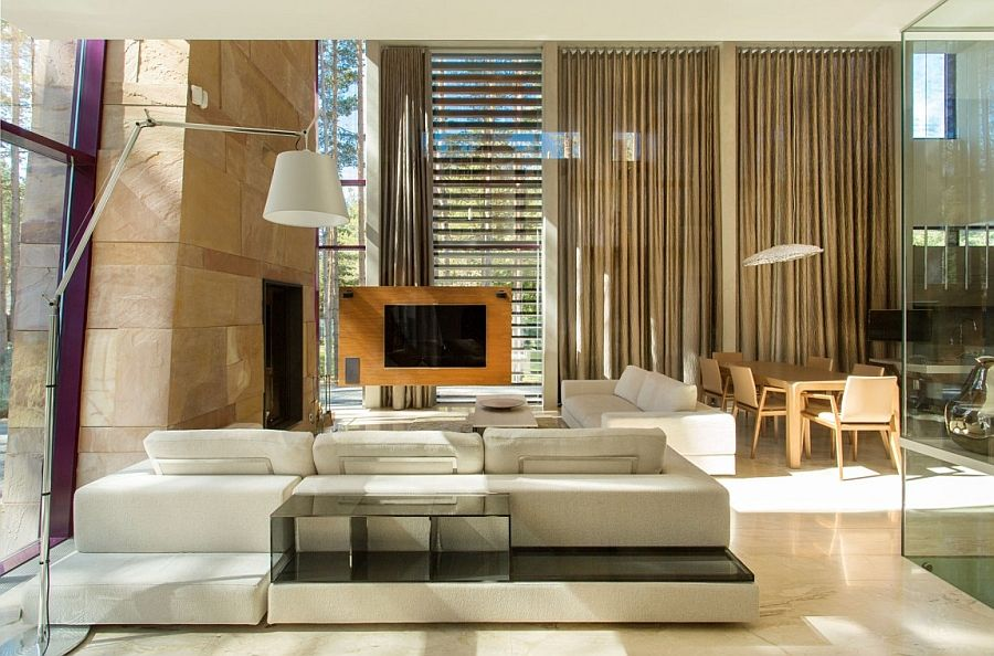 Artistic Elegance Meets Architectural Beauty At Exclusive Villa
