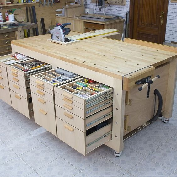Homemade High Capacity Multi-Function Plywood Workbench # ...