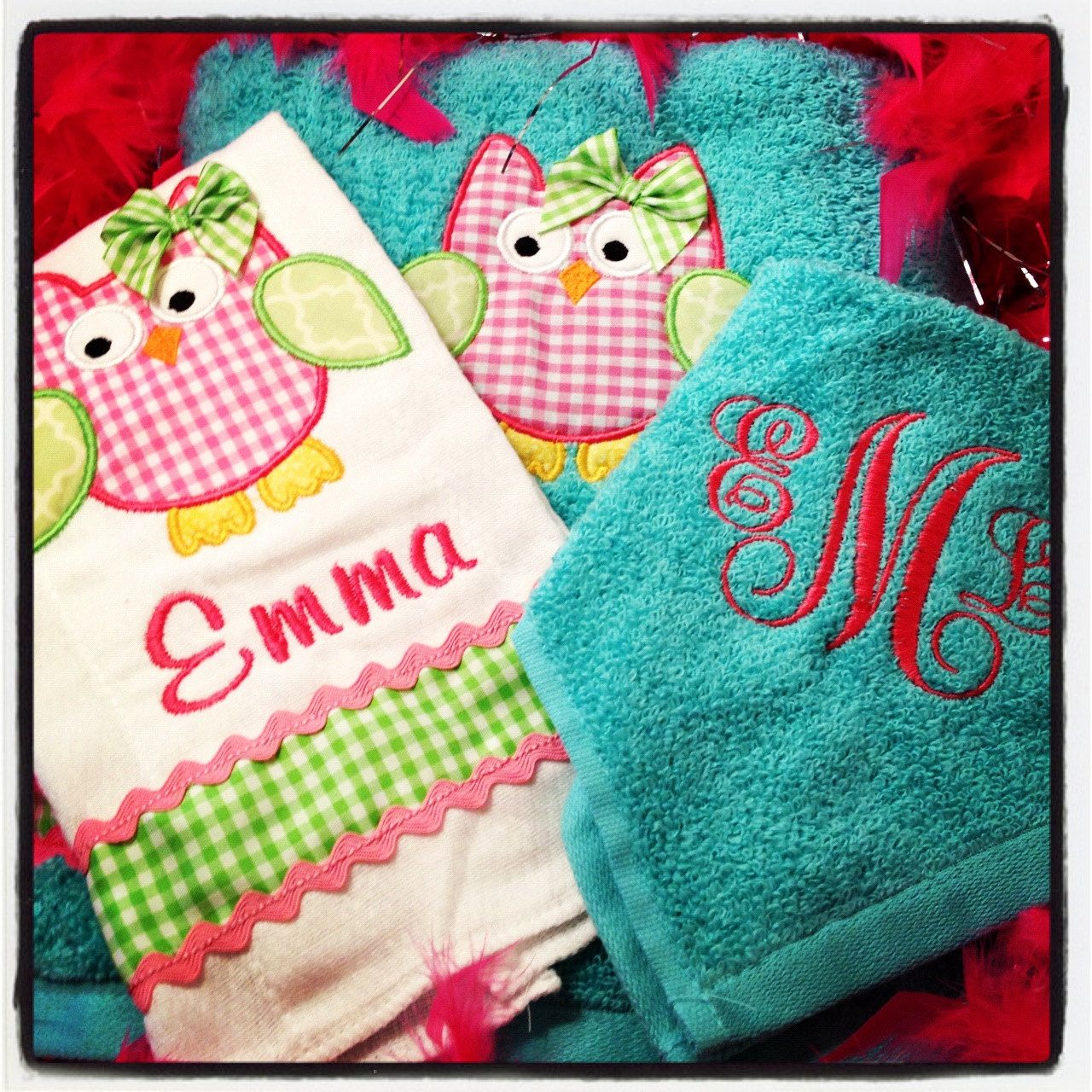 owl personalized embroidered and appliqued towel gift set