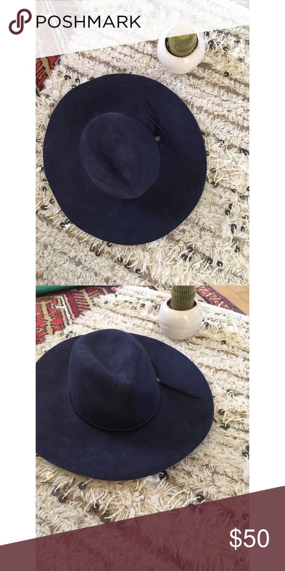 b9813206eaba2 Goorin Bros blue 100% wool hat Goorin Bros 100% wool hat. Size small ...