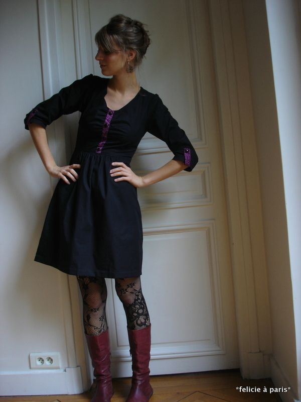 Felicie a Paris, beautiful Deer and Doe Robe Sureau with clever ...