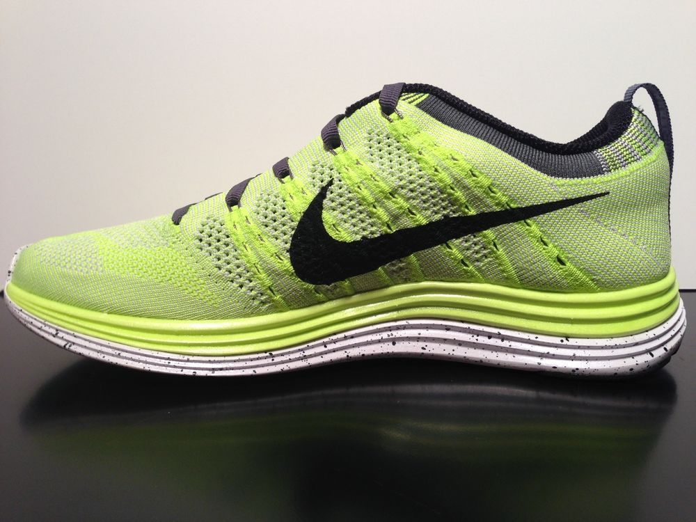 superior quality b5f76 0174a NEW Nike Women s Flyknit One+ Size 8 VOLT 554888 701  Nike