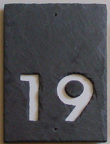 hausnummer schiefer 2 stellig negativ hausnummern schiefer pinterest hausnummern schiefer. Black Bedroom Furniture Sets. Home Design Ideas