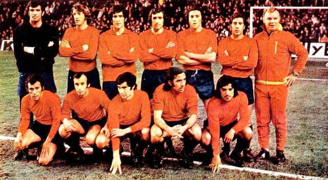 SELECCIÓN DE ESPAÑA contra Atlético de Madrid 08/02/1974 | Seleccion española de futbol, Atletico de madrid, Equipo de fútbol
