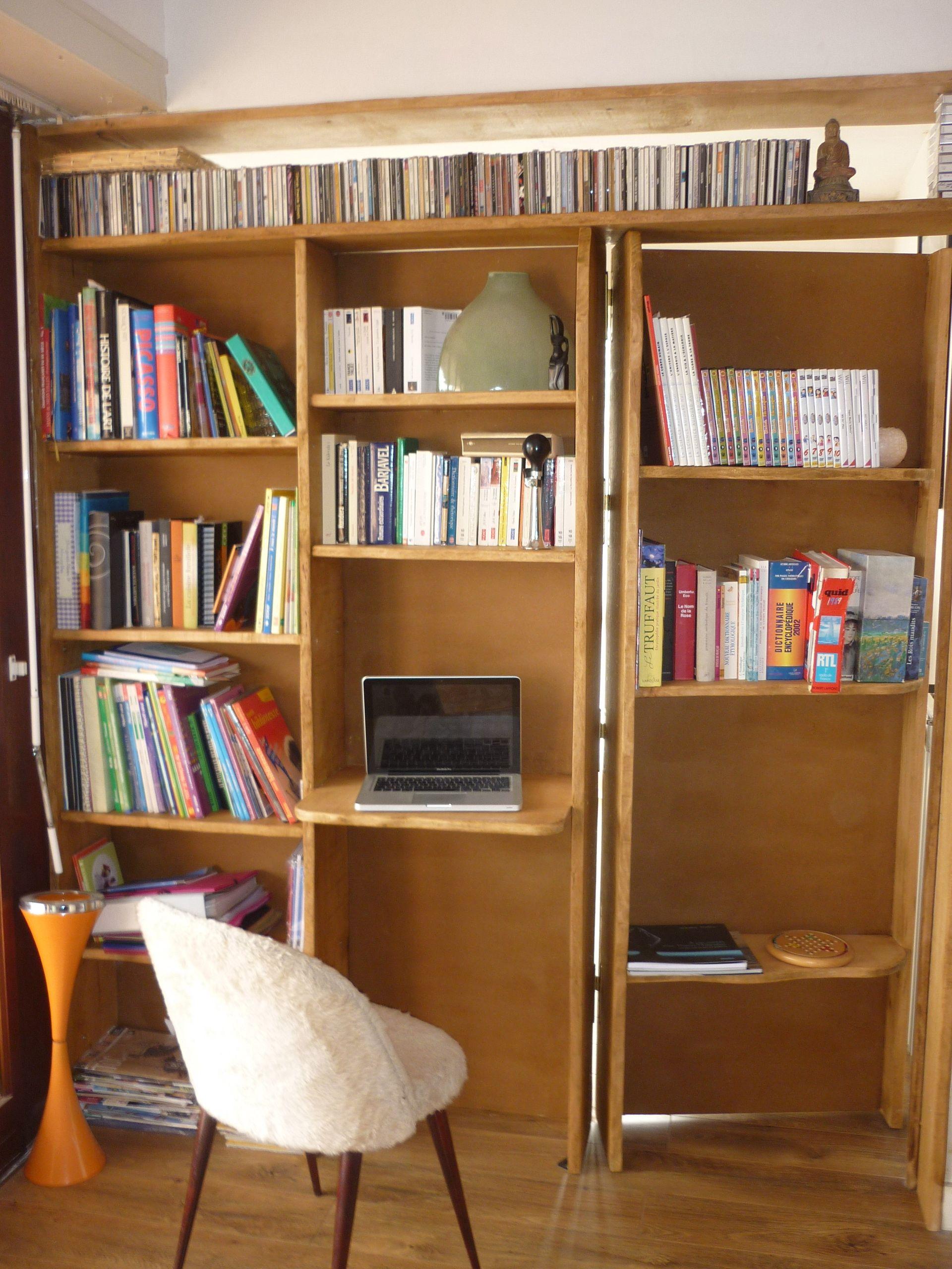 Biblioth Que En H Tre Avec Porte Cach E Syst Me Tire Livre  # Grande Bibliotheque Avec Porte Coulissante