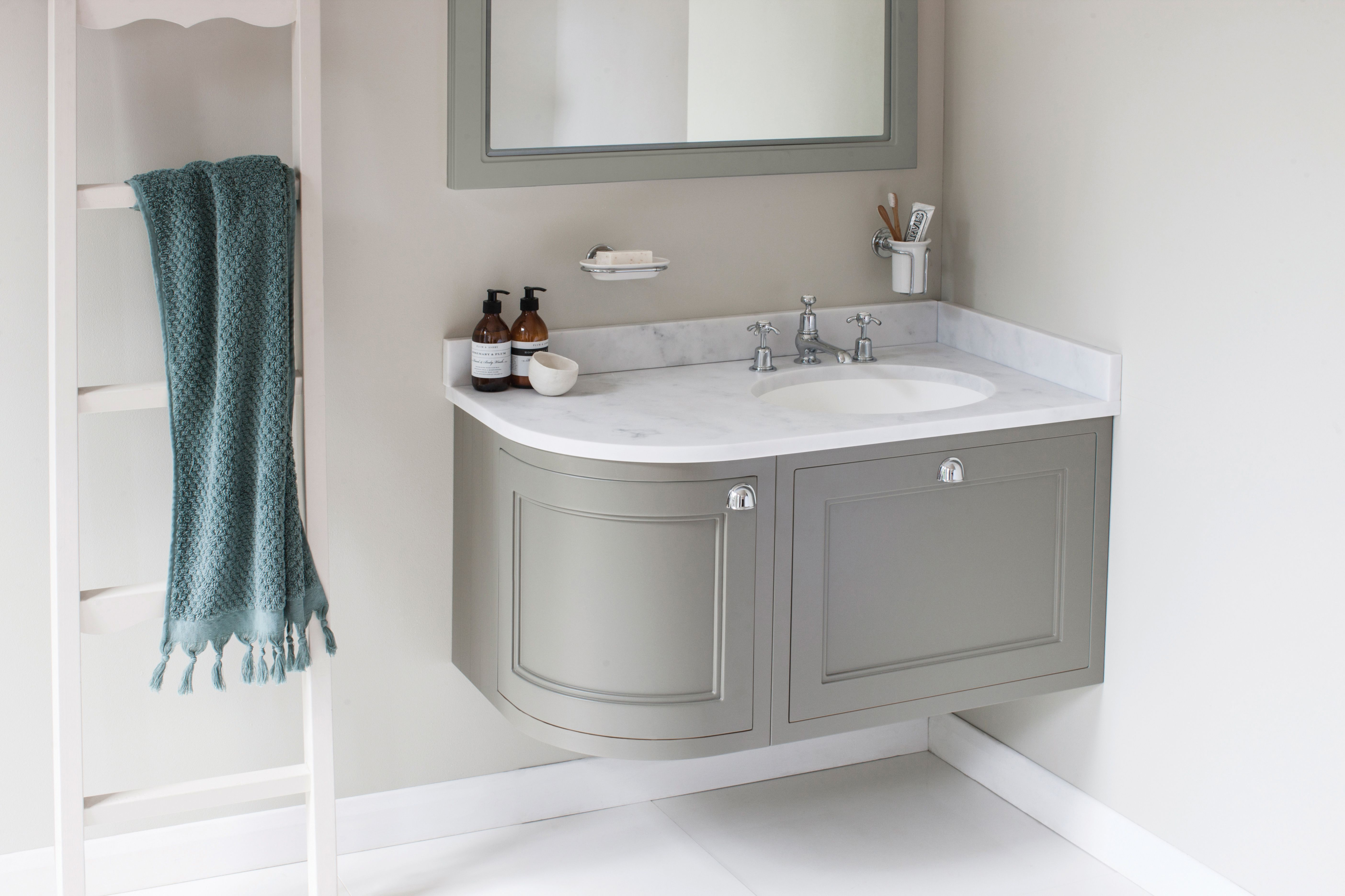 Burlington Bathrooms Wall Hung 100 Curved Corner Vanity Unit Right