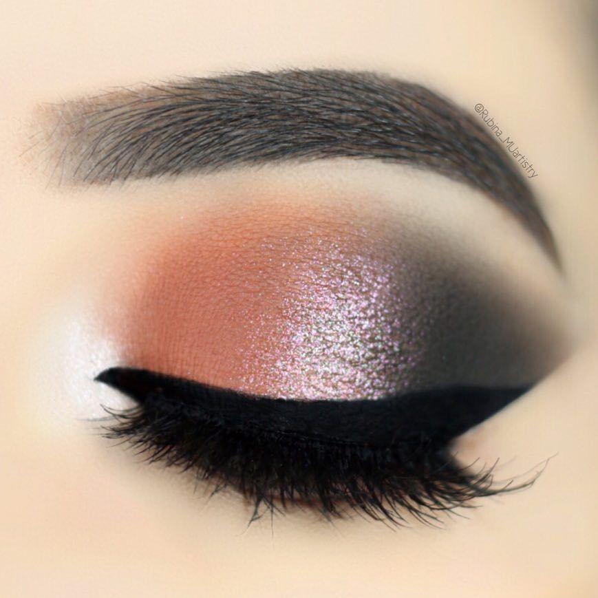 Essential Jet-Set Eyeshadow Palette