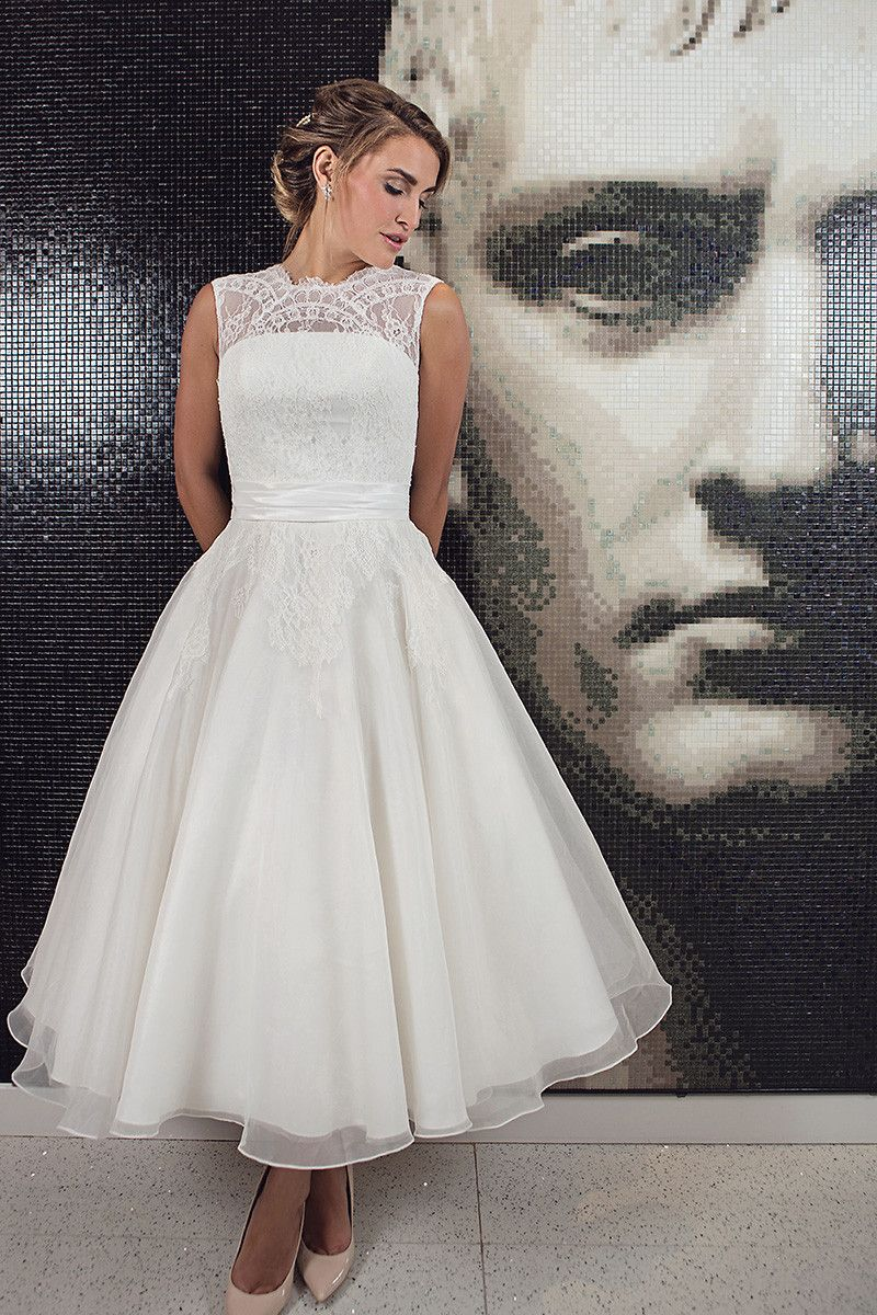 Hngrace luxury lace tea length wedding gown with organza skirts