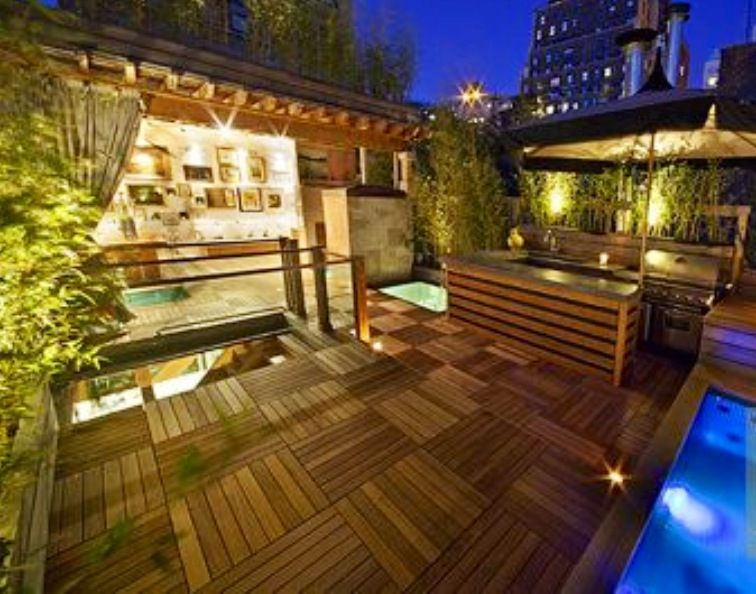 Awesome rooftop deck! NYC Rooftop deck, West village