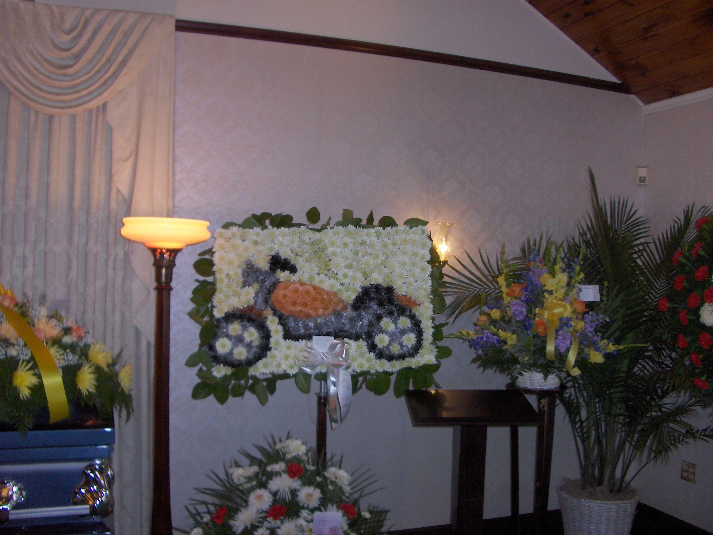 Custom funeral flowers by wallingford flowers wallingford ct custom funeral flowers by wallingford flowers wallingford ct motorcycle izmirmasajfo