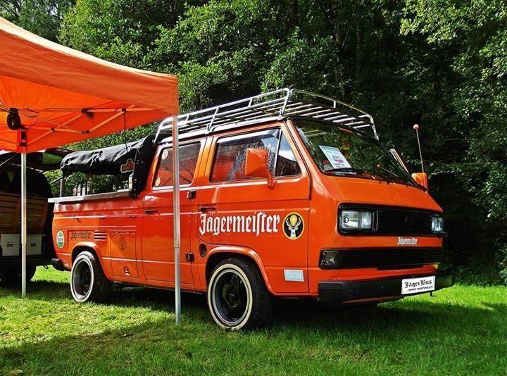 The 'JägerBus', Custom T25 CrewCab, 1 9AAZ conversion, full