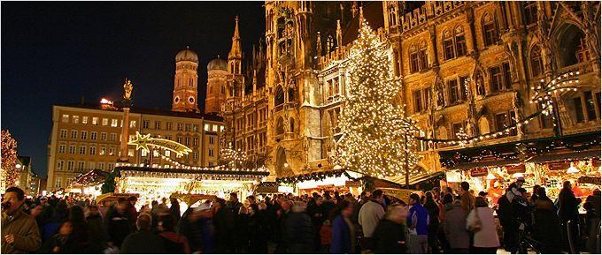 München Weihnachtsmarkt.Die Markthändler Vom Christkindlmarkt In München Www