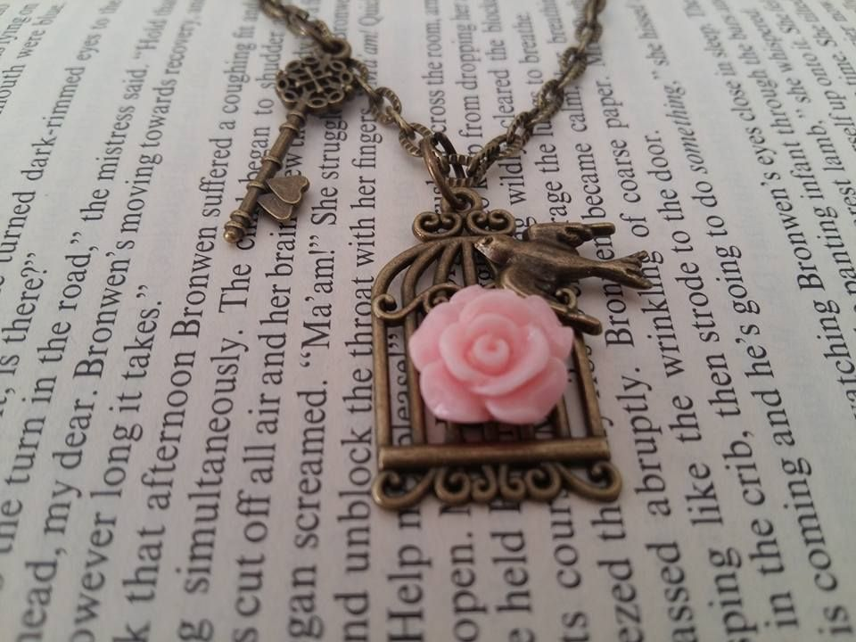 lovely necklace!