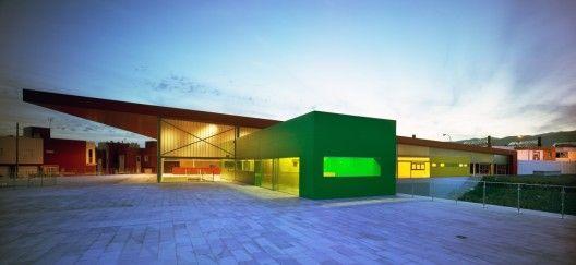 """""""Los Almendros"""" Social Center by Ferrer Arquitectos"""