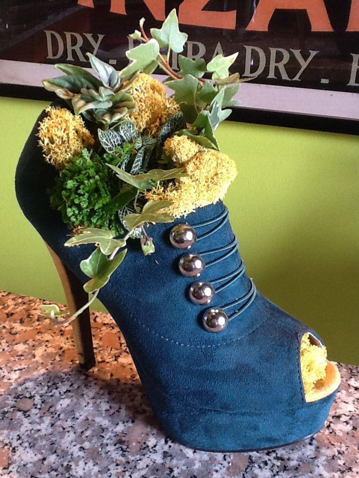 Shoe Planter Homemade Shoes Decorated Shoes Diy Garden Decor