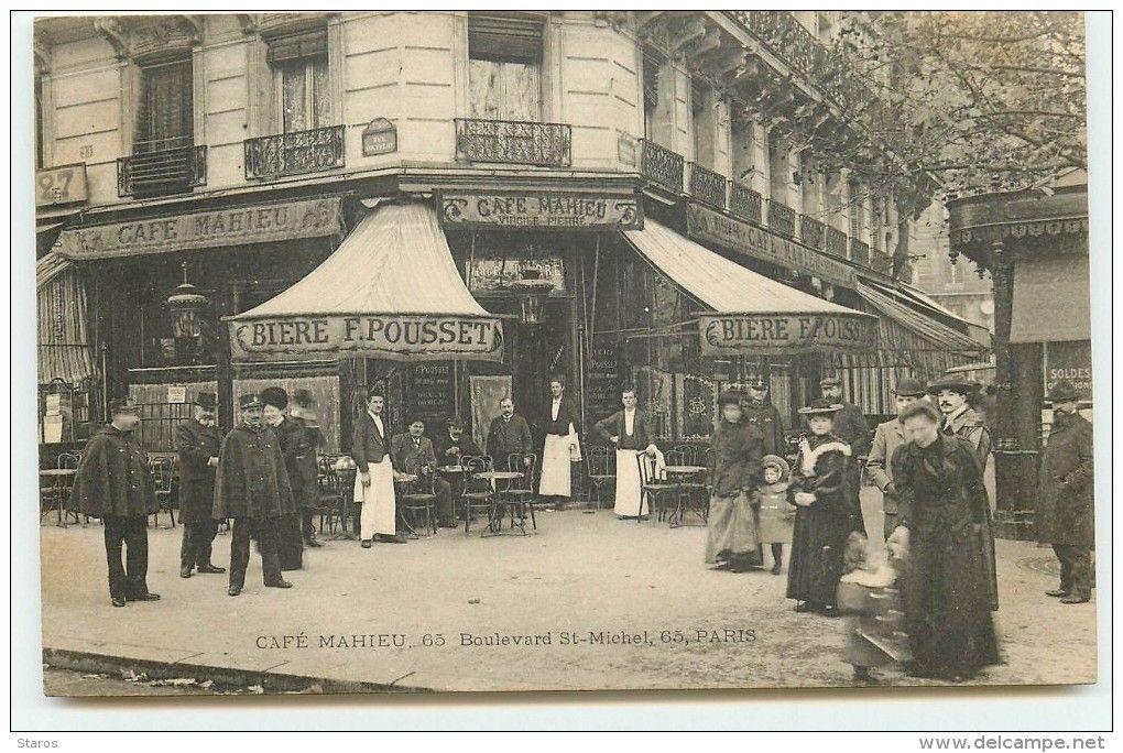 Cafe Du Boulevard Le  Mai