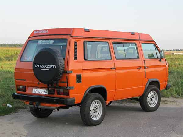 Image from http://www.bustoys.nl/T3%2016%20inch%20syncro%20westfalia%20bus%2011.jpg.