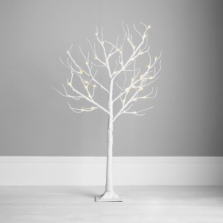 Outdoor White Twig Christmas Tree: Outdoor Contemporary Twig Christmas Trees
