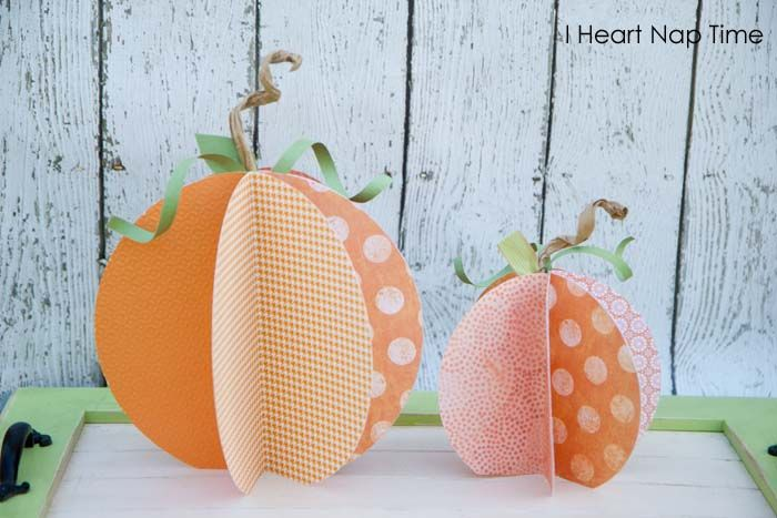 Learn how to make these super cute paper pumpkins #halloween