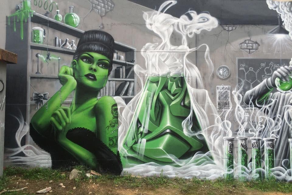 Nikita & Sweo Marlene Nikita Sebastien Sweo, in Montpelier, France, 2015, detail