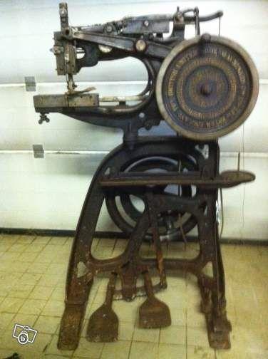 Machine coudre le cuir united quipements industriels haute loire couture - Coudre le cuir ...