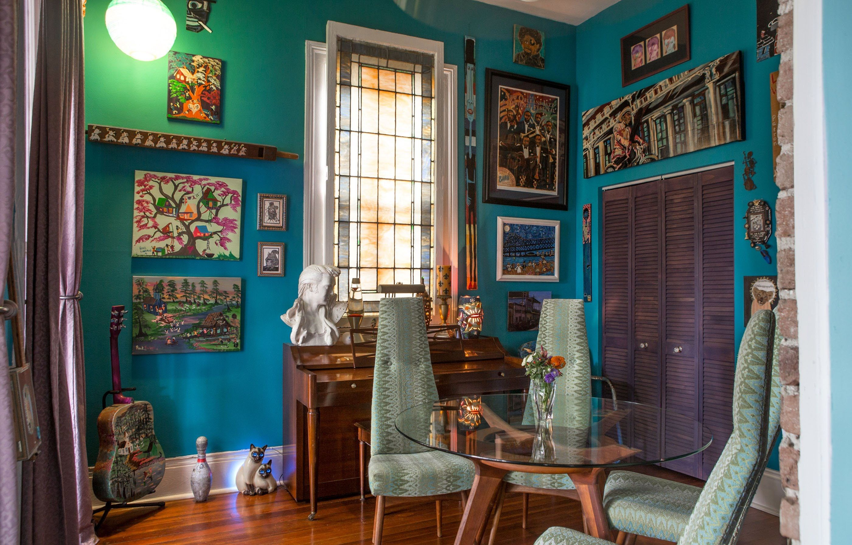 House Tour A Colorful, Art Filled New Orleans Home - Apartment