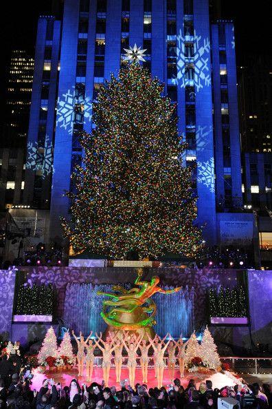 Nyc Christmas Tree Lighting 2019.2008 Christmas In Rockefeller Center Tree Lighting Ceremony