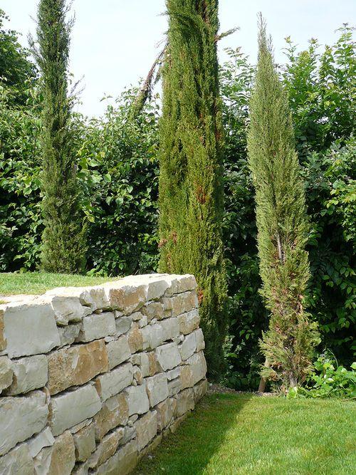 Terrasses restanques en pierre de Bourgogne, escaliers en blocs de - amenagement bord de piscine