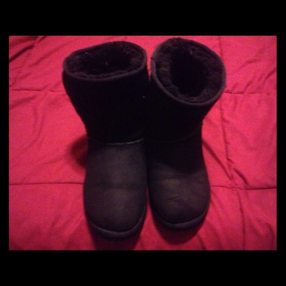 Uggs Black Uggs Used For Half A Winter Very Warm And