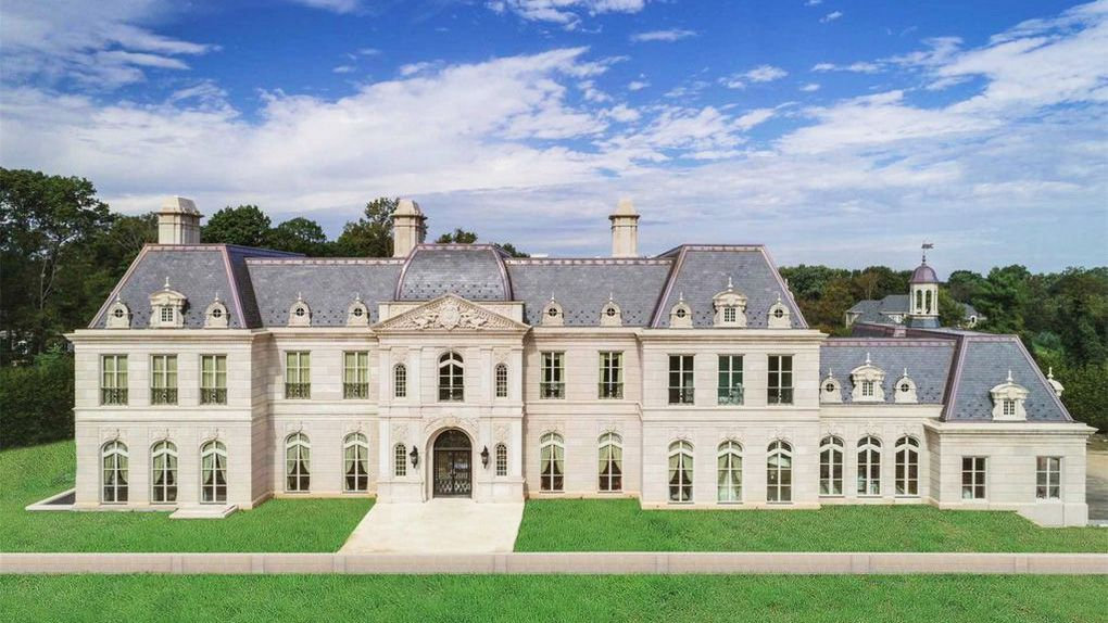 60m Versailles Inspired Chateau On Long Island Is This Week S Priciest Property Long Island Mansion Mansions Chateau Style