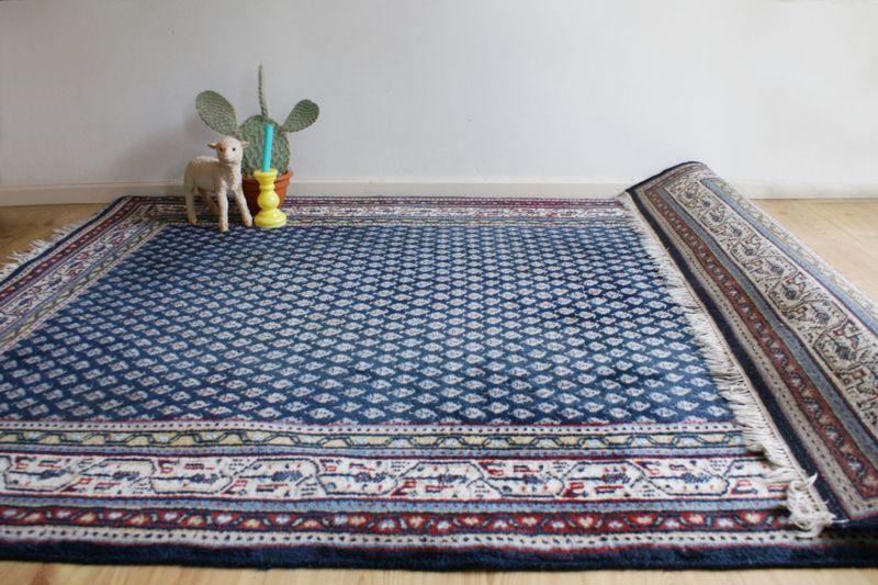 Perzisch Tapijt Blauw : Prachtig blauw handgeknoopt perzisch tapijt. wollen oosters vintage