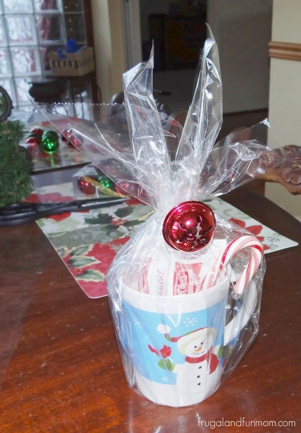 Check out these 16 semi homemade gifts i made under 25 dollars check out these 16 semi homemade gifts i made under 25 dollars christmas mugs with hot cocoa and candy canes christmas gift ideas pinterest semi solutioingenieria Choice Image