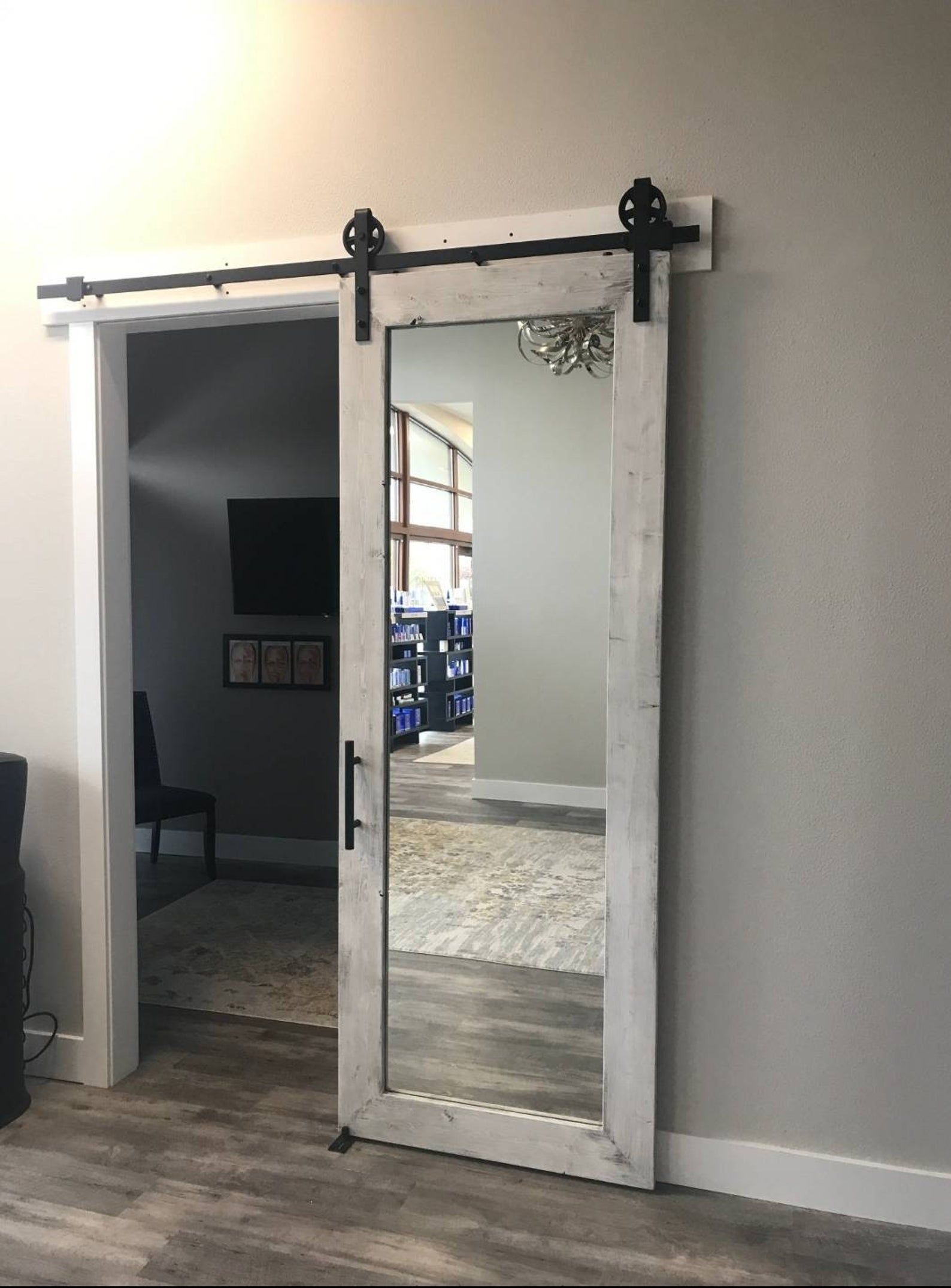 Distressed White Rustic Mirrored Sliding Barn Door 36 X 96 In 2020 Sliding Bathroom Doors Bathroom Barn Door Barn Door