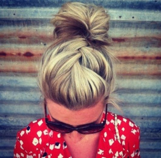 Peonies & Polish: It's All About Buns!