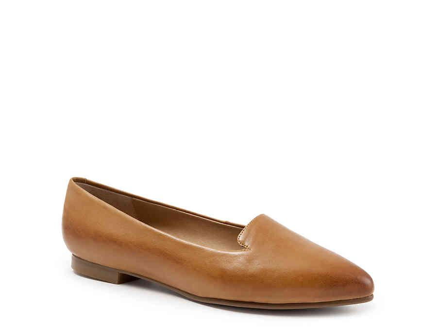 Trotters Harlowe Loafer in 2020