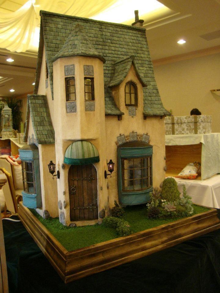 Unique cottage 23 qw miniature houses food for Unique doll houses