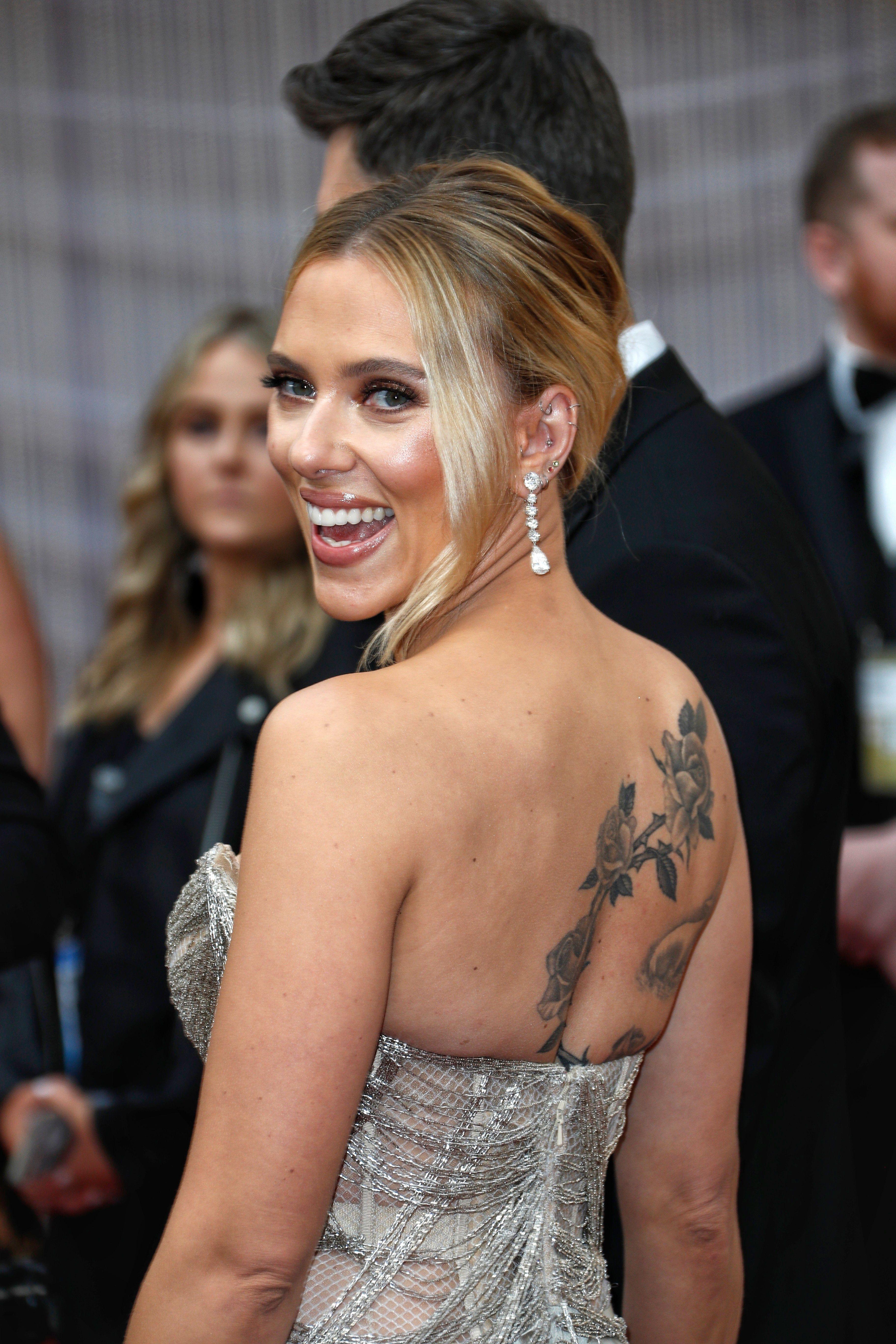 Beautiful Uhq In 2020 Scarlett Johansson Scarlett Scarlet Johansson