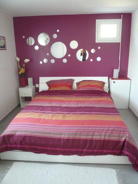 Chambre adulte prune et blanc j 39 aime les miroirs bulles for Deco chambre adulte blanc