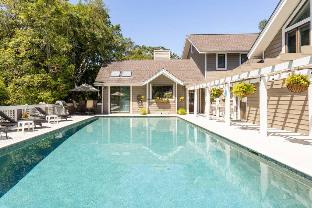 Kiawah Island Pool House 1BR Apartment Guesthouses for