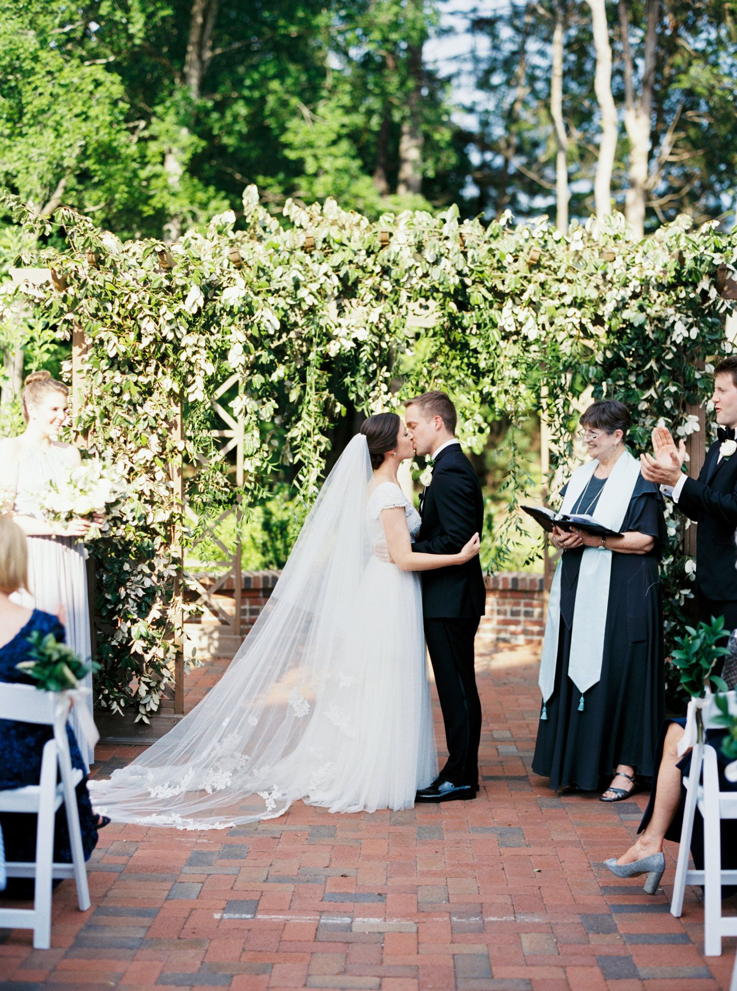Discovering your wedding style with images wedding