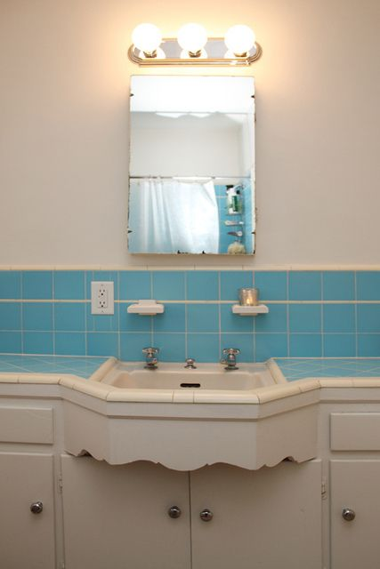 Unique vintage vanity. #tile #color #aqua #bathroom