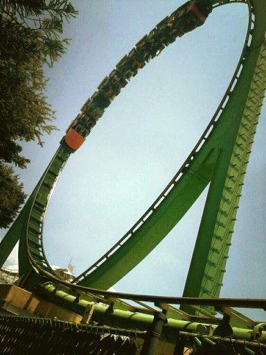 México Roller Coaster Cascabel La Feria De Chapultepec Roller Coaster Fun Things To Do Riding
