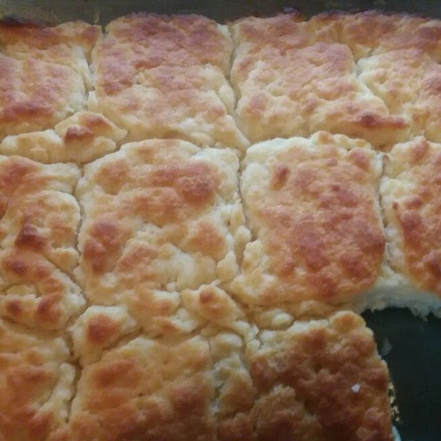 Butter Swim Biscuits (quick and easy!) - Get Our Meal #butterswimbiscuits