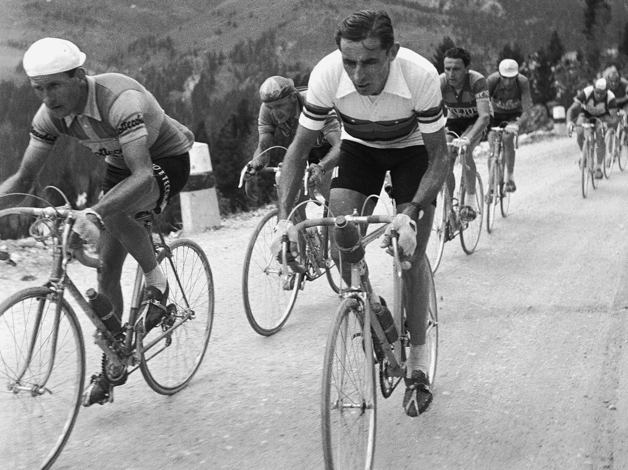 Il Giro di Oliviero Toscani «nel nome di papà, che