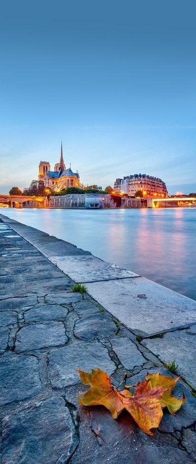 les plus belles photos de paris en automne paris capitale paris paris insolites et paris photo. Black Bedroom Furniture Sets. Home Design Ideas